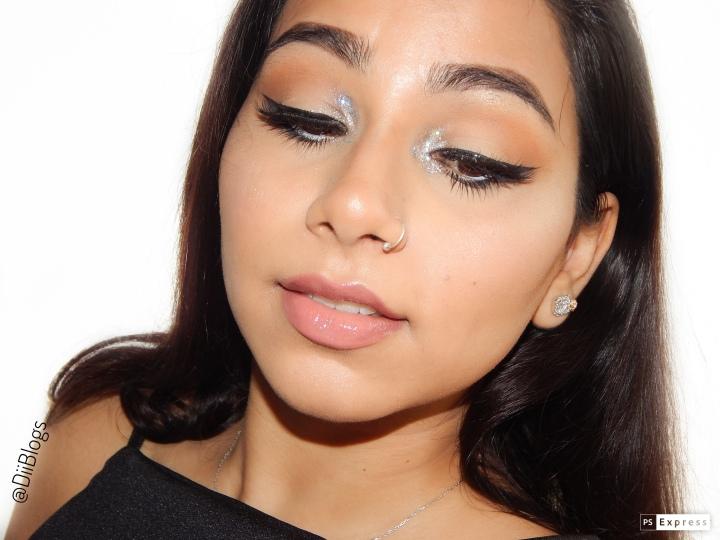 Black Eyeliner with Glitter InnerCorner